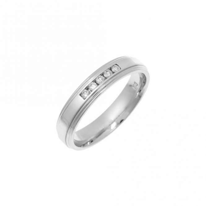 Star Wedding Rings 9ct White Gold Diamond 4mm Eternity Ring