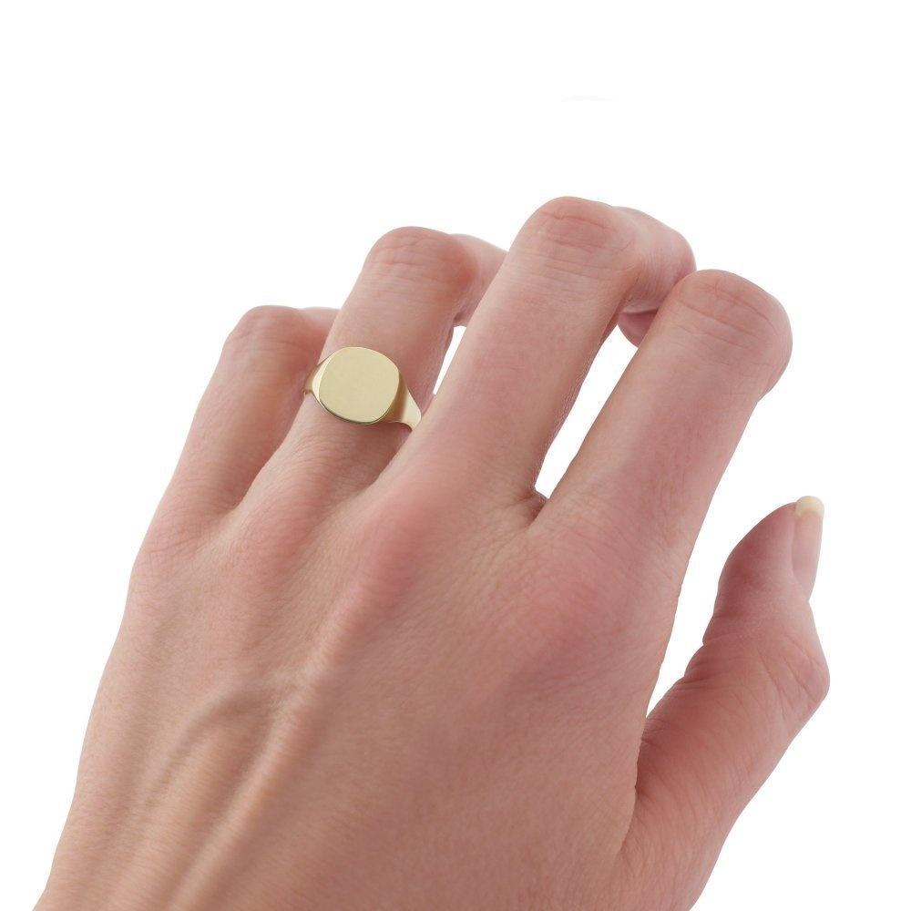 Gold Signet Ladies Ring